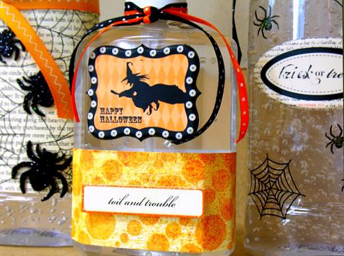 Halloween-sanitizer