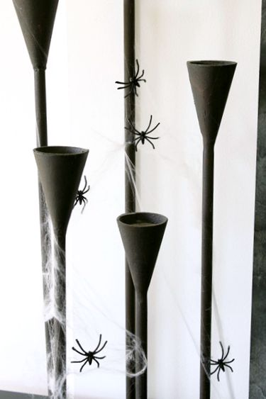 spider-candlesticks