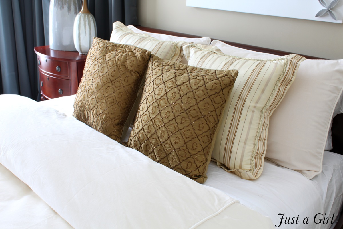 Jewel tone bedding