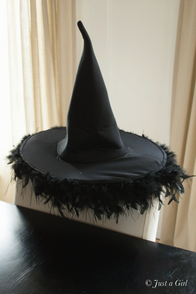 DIY Witch's Hat