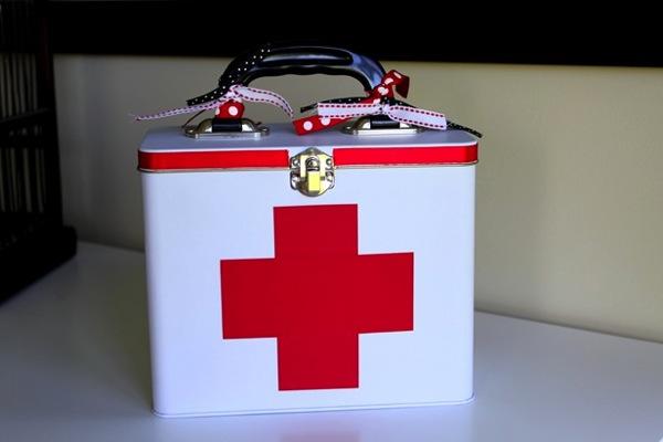 First aid tin