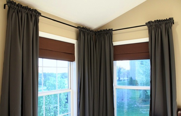 How to keep curtains gathered