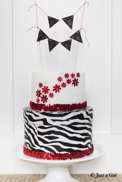 Valentines Box Cake