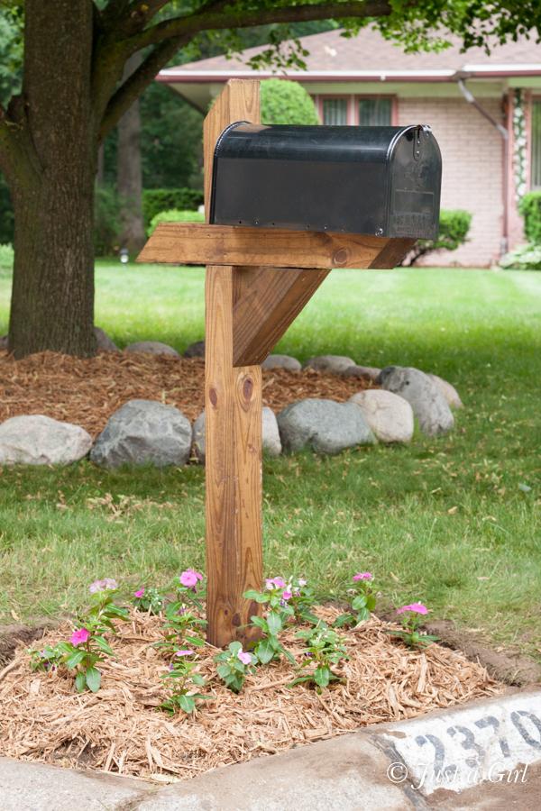 wood mailbox post