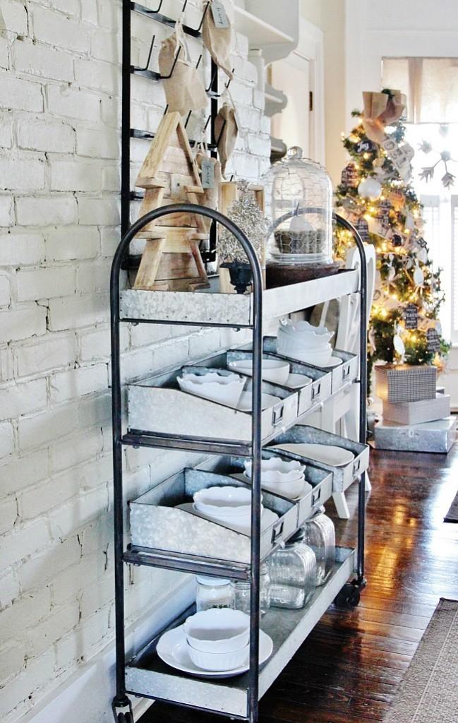 Christmas-galvanized-shelf