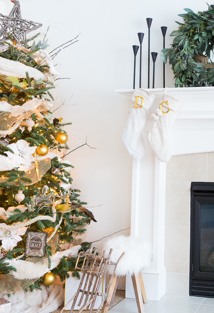 neutral gold tree