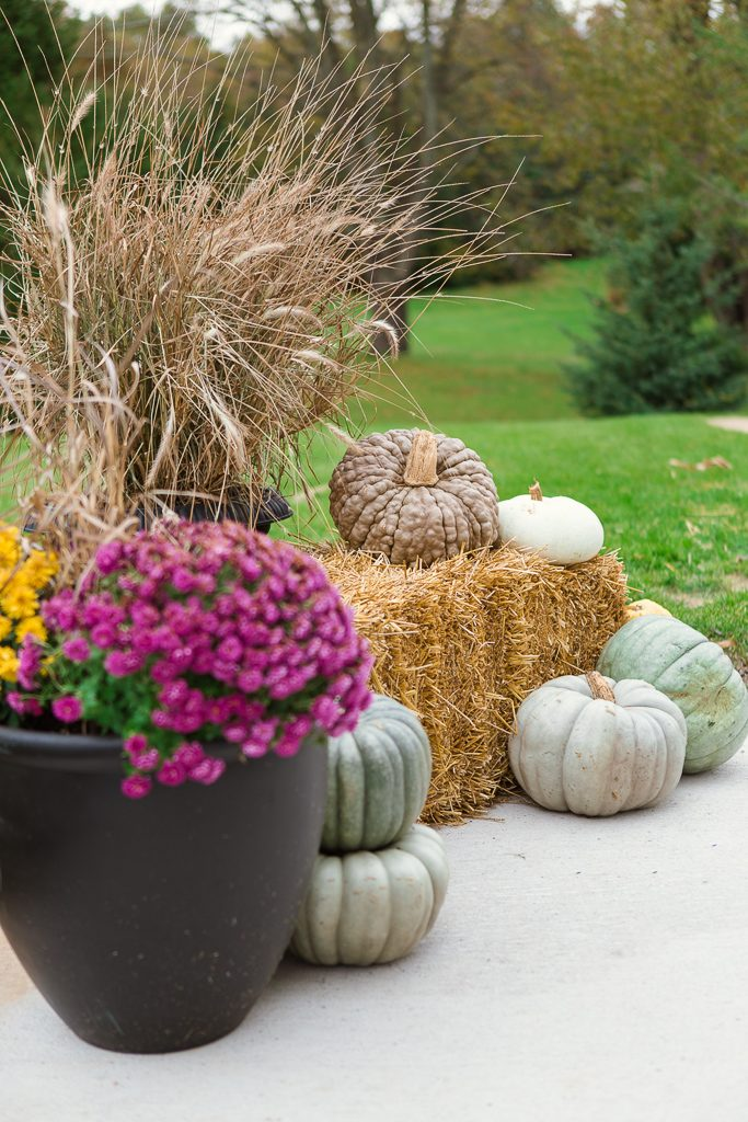 decorating for fall outside
